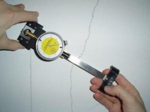 fessurimetro-monitoraggio-crepe-sui-muri-pericolose